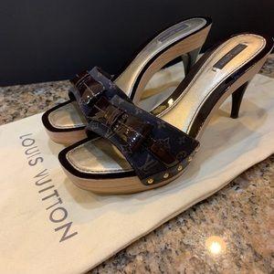 Louis Vuitton- Mini monogram heel